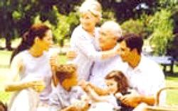 Чому для дітей важливо час з бабусями і дідусями?