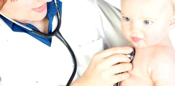 Полоскання рота знижує ймовірність передчасних пологів