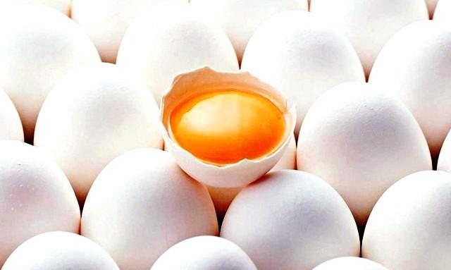 Користь і шкода сирих яєць