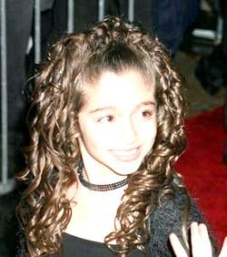 Популярні стрижки на довге волосся для дівчаток