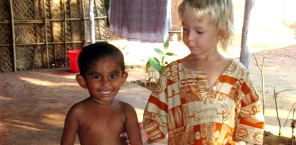 Практичне виховання самостійності дитини в Індії фото