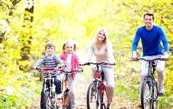Подорож з дитиною на велосипеді фото