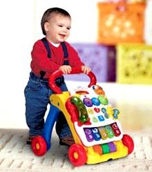 Розвиток дитини на 11 місяці фото