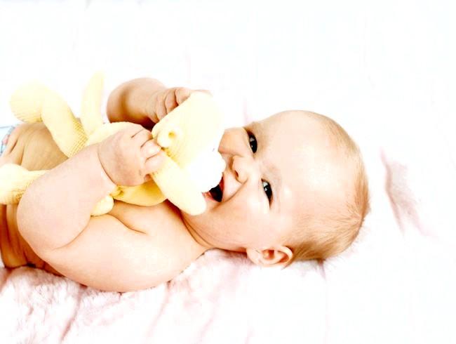 Розвиток дитини від року до двох: вміння та навички