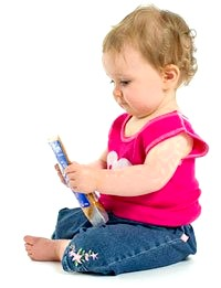 Розвиток дитини в 1 рік 9 місяців фото