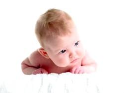 Розвиток дитини в 2 місяці