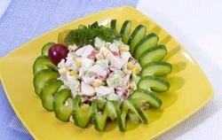 Рецепт крабового салату з кукурудзою фото