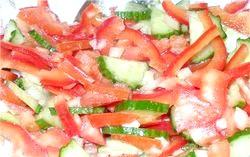 Салат з помідорів і перцю