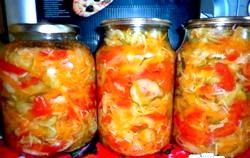 Салат з помідорів на зиму