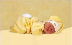 Сон немовляти від народження до року