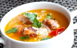 Суп з рисом і куркою