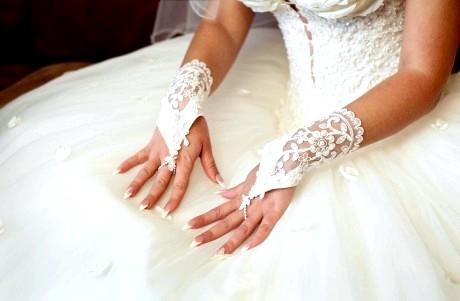 Весільний манікюр нареченої фото