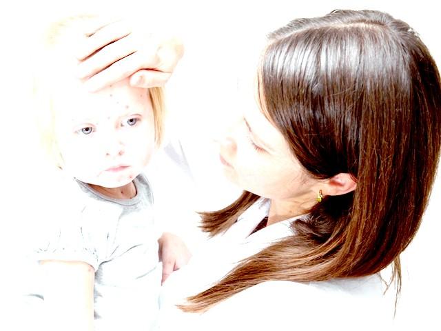 У Європі батьки зможуть усиновити дитину онлайн