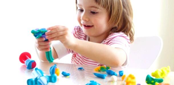 Веселі домашні ігри з дитиною
