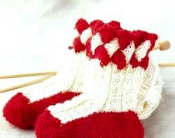 В'яжемо шкарпетки дітям фото