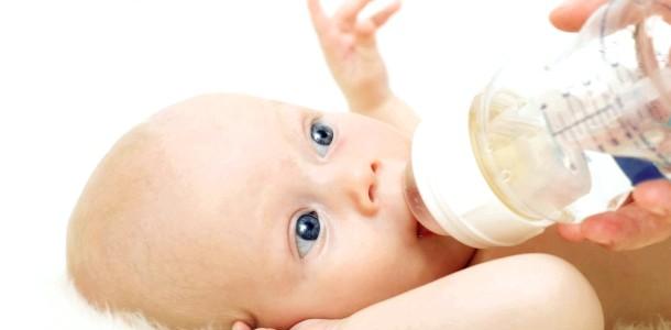 Вода для дитини: як вибрати кращу