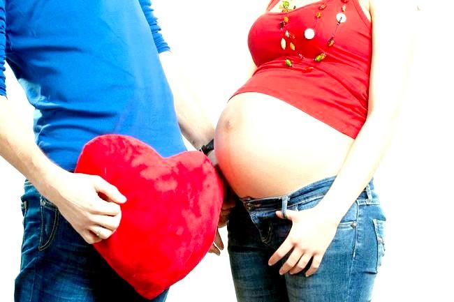 Восьмий місяць вагітності: відчуття майбутньої мами
