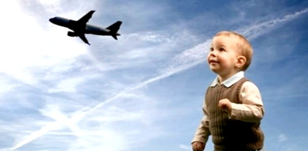 Виїзд неповнолітньої дитини закордон: консультація юриста