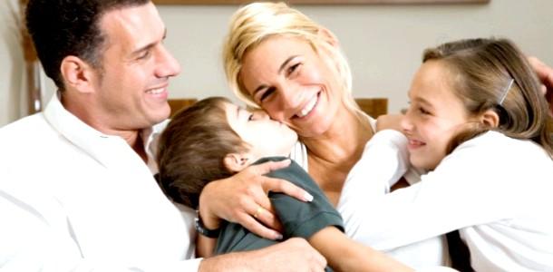 Дружина-трудоголік: 5 секретів, як зберегти щасливу сім'ю фото