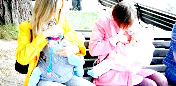 Жінки все частіше народжують у зрілому віці фото