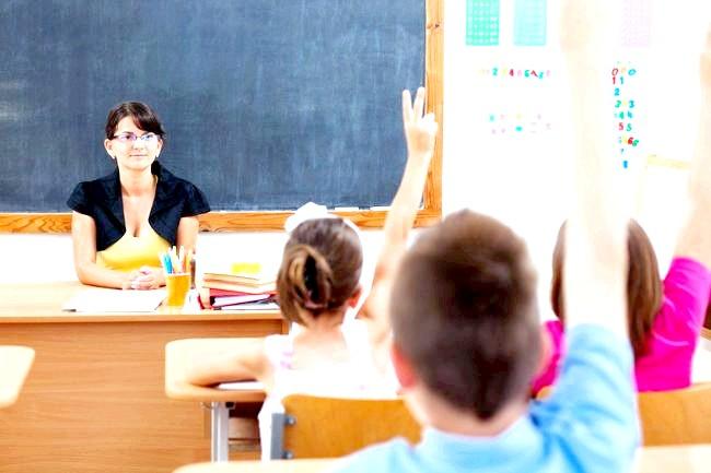 Як навчити дитину правильно реагувати на критику? фото