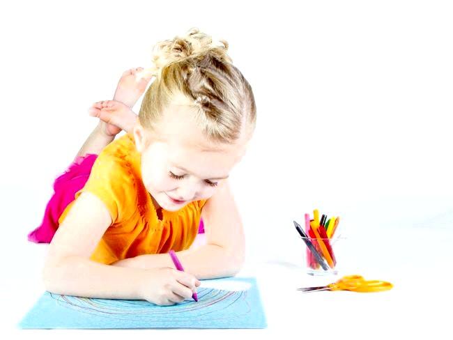 Як навчити дитину зав'язувати шнурки