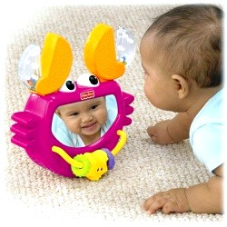 Як розвинути навички та вміння і розважити малюка фото