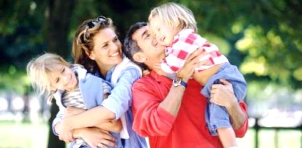 Як зберегти сім'ю, якщо батьки втручаються у відносини