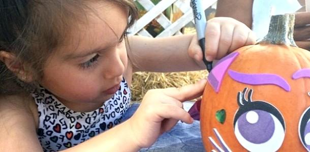 Як зіркові родини готуються до Хелловіну (ФОТО)