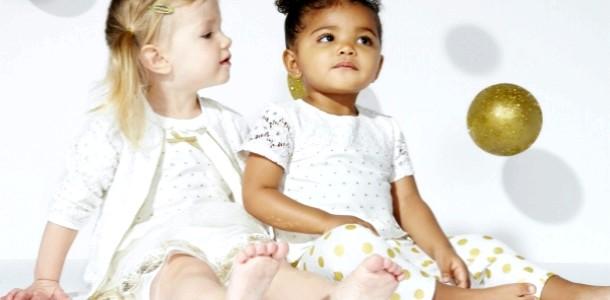 Кім Кардашьян випустила колекцію одягу для малюків