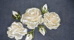 Косметичка з вишивкою стрічкамі. «Білі троянди». Майстер-клас з покроковий фото