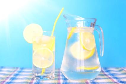 Лимон при вагітності допоможе впоратися з нудотою і печією