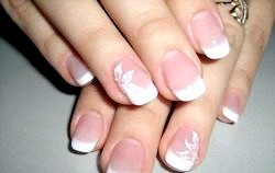 Манікюр на коротких нігтях фото