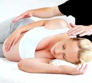 Чи можна робити масаж при вагітності фото