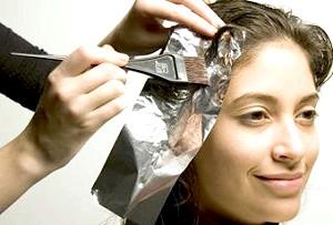 Чи можна фарбувати волосся вагітним фото