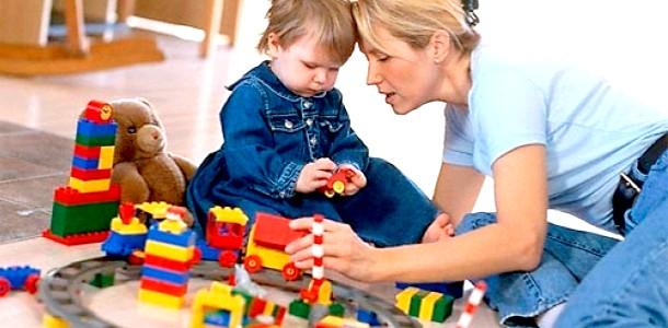 Няня vs бабуся: плюси і мінуси виховання