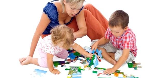 Пазли для дітей: збери сім'ю Флінстоунів