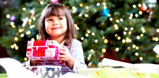Подарунки на Новий рік дітям: бюджетні ідеї для дівчаток до 3 років фото