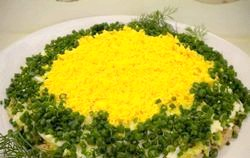 Популярний салат мімоза