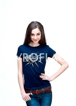 Практичні толстовки і футболки в якості фірмового одягу фото