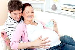 Присутність батька та інших членів сім'ї при народженні дитини
