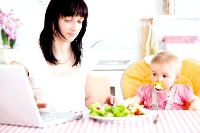 Робота для мами: чи зможеш ти стати фрілансером фото