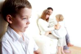 Поширені проблеми з прийомними дітьми фото