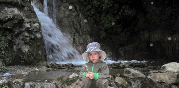 З дитиною в Індію. Через джунглі до водоспадів Рішикеша фото