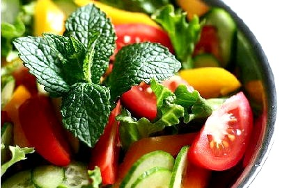 Салат з огірків і помідорів