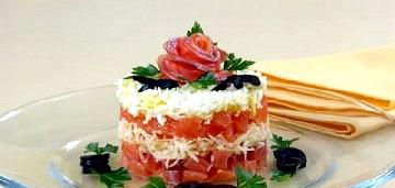 Салат із сьомги слабосоленої
