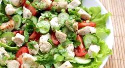 Салати з курки з овочами