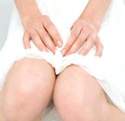 Чи варто бити тривогу при білих виділених в період вагітності? фото