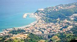 Тури по Італії в Альбісолу