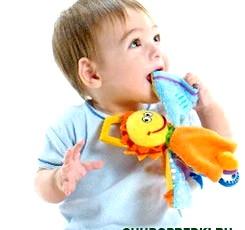 Що треба врахувати при виборі іграшок для дітей
